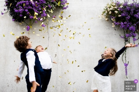 Sainte Marie sur Mer Pornic documentary wedding photo of Children at wedding