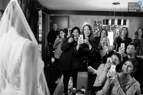Loews Chicago Hotel wedding photo | Bride reveal to bridesmaids