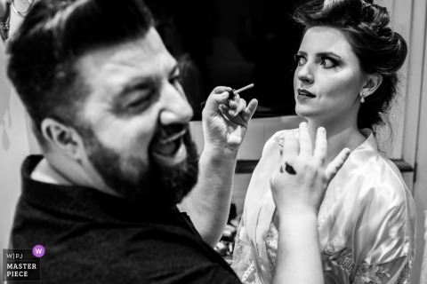 Hotel Rita Hoppner - Gramado - Rio Grande do Sul wedding photography of bride getting makeup job.