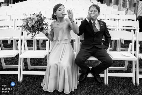 Tara Theilen, del Nevada, è una fotografa di matrimoni per Nantucket, nel Massachusetts