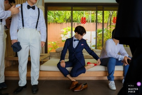 Wedding pictures of groomsmen by Shandong photographer