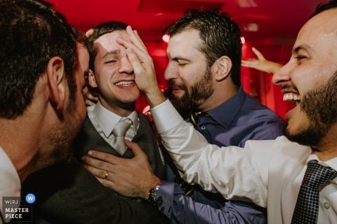 Lo sposo di Porto Alegre con i testimoni dello sposo Ro Grande do Sul - Brasile