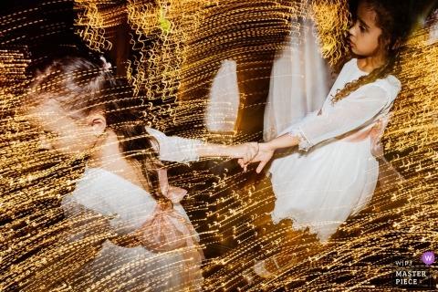 obturation lente Photo de mariage de filles à la réception | Moments du jour du mariage capturés à Brasilia