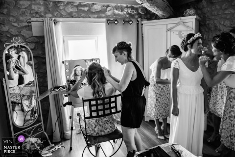 Getting ready wedding photography |  Montpellier, WPJA contest