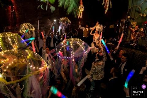 Bruiloft receptie fotografie van dansende actie | huwelijksdekking voor Amsterdam Holland