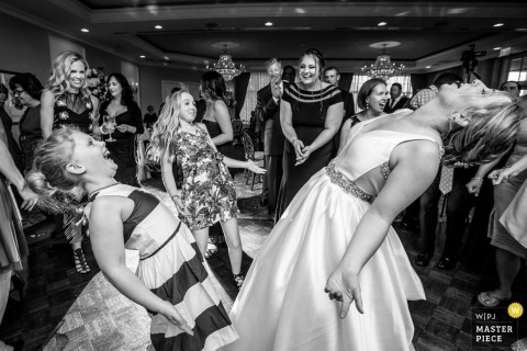 Dancing wedding photograph from New Jersey | wedding reception photographer for NJ