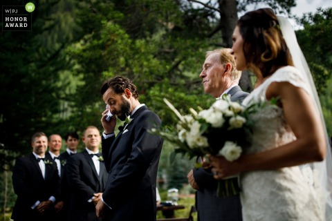 Vail, Colorado wedding photo | outdoor wedding ceremony photography at Vail Golf Club
