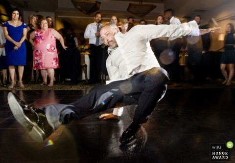 Wedding pictures of reception dancefloor action by Phoenix photographer