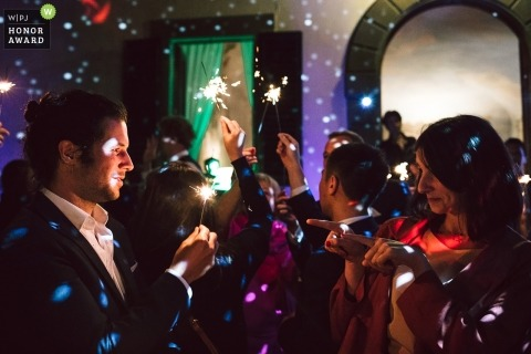Wedding reception pictures with sparklers by Florence, Tuscany photographer