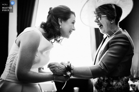 mother of bride and bride getting ready | Caledonian Club, London Wedding Photographer
