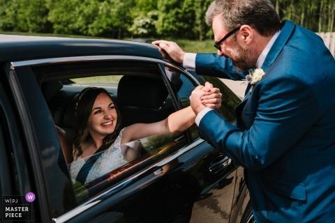 Reserva Natural Brockholes, Lancashire | Fotografía de boda para parejas de Inglaterra