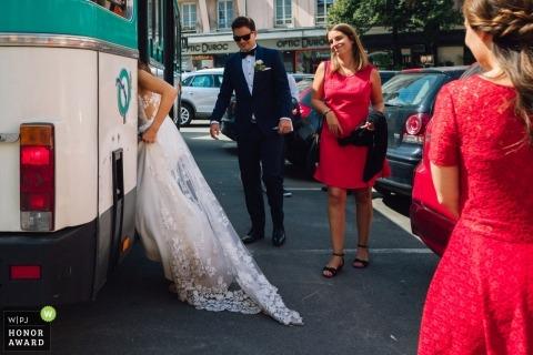 Hochzeitstrieb mit Paris-Paarladen in Brautpartybus