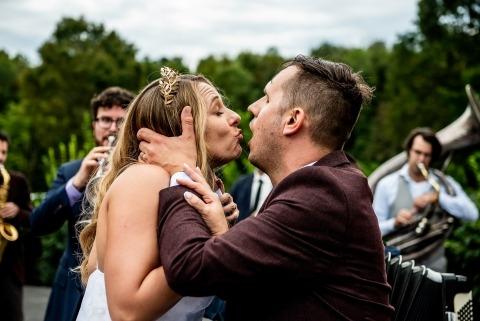 Janine Collette, de Nova Jersey, é fotógrafa de casamentos no The Raritan Inn NJ