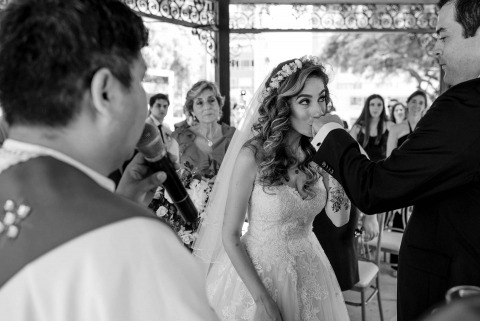 Omar Berr, of Lima, is a wedding photographer for Lima, Perú