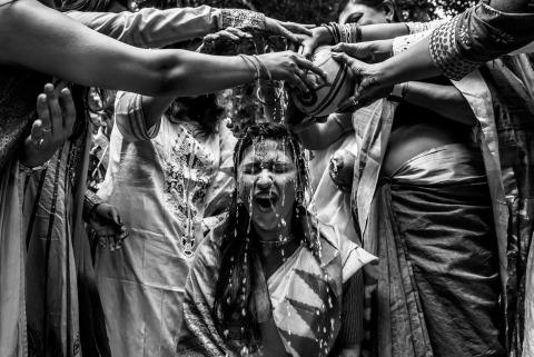 Sunny Pariani, de Maharashtra, est un photographe de mariage pour goa
