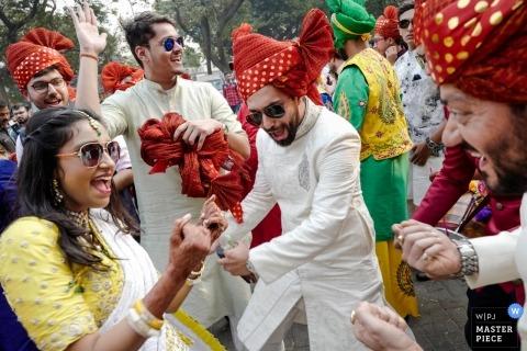 Mumbai, India wedding photographer - Baraat ceremony dancer