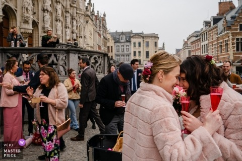 Spits boot Leuven的婚禮攝影 - 乾杯!