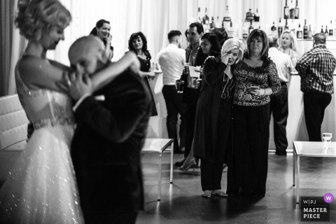 YORK MILLS GALLERY WEDDINGS | the mom was crying when the couple first dancing
