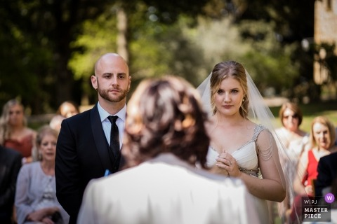 Abbadia Sicille, Siena, Tuscany wedding ceremony photography outdoors