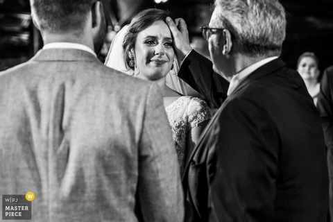 alto da capela - porto alegre - brasil black-and-white wedding photography