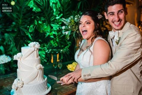 Bruno Montt, of Rio de Janeiro, is a wedding photographer for Christ the Redeemer - Rio de Janeiro