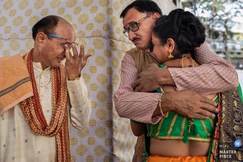 Gujarat, India Ślubna fotografia - wizerunek Indiańska panna młoda dostaje przygotowywający