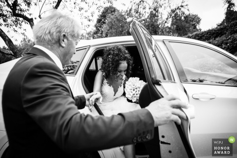 Villa Bossi Varese wedding venue photography - Father helps bride