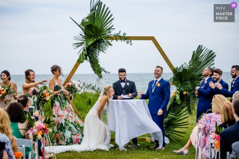Zion, Illinois, Illinois Beach Resort outdoor wedding ceremony photography