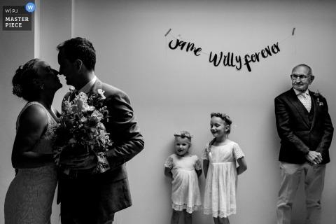 Fotografía del día de la boda en blanco y negro en Loenhout - Jef Cools