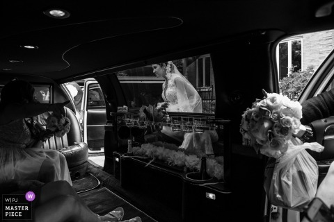 Photo of bride leaving for the ceremony - Place d'Armes Hotel, Montreal wedding day photographer