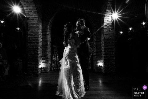 Hacienda del Cardenal, Toledo (Spain) - Wedding photojournalism of first dance - lovely moment