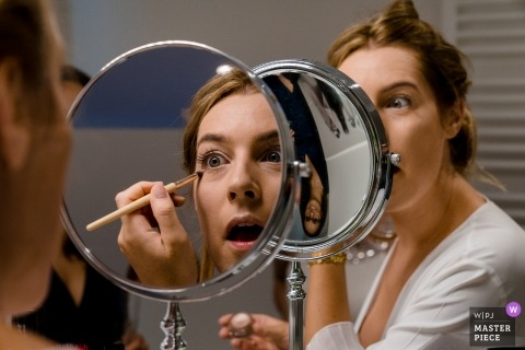 Germany Bride Photos at Home in Regensburg - Wedding Images of Getting ready