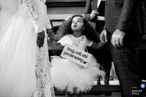 Reportagem de casamento na Inglaterra Palácio Fulham - fotografia durante a cerimônia de casamento