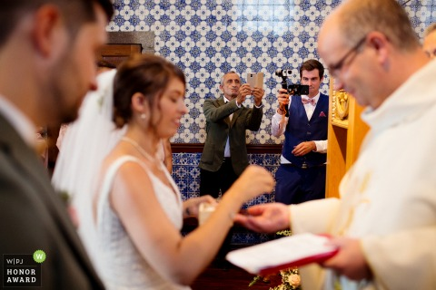 Igreja Matriz de Felgueiras - Portugal wedding venue photo | Family registering wedding ring