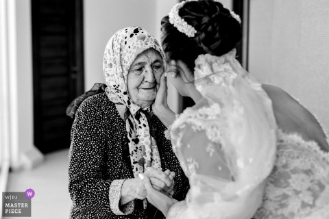 Çanakkale-Aqua Hall Wedding Photos - Bride with Love of Grandmother