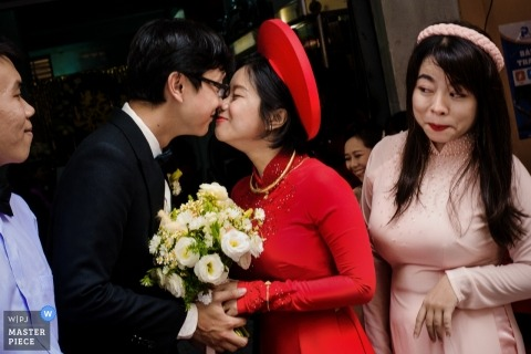 Hochiminh Wedding Day Photo - A curious look