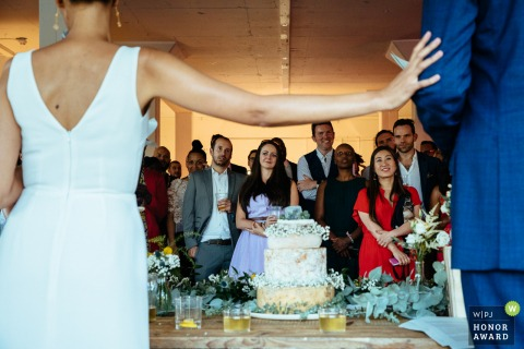 Giant Steps, Hackney wedding venue photography in the UK | The couple give their speech together