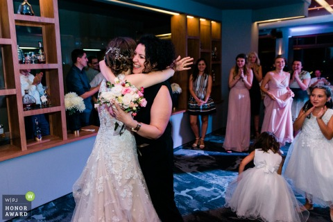 Sofia/Bulgaria wedding reception photography | The girl who caught the bouquet