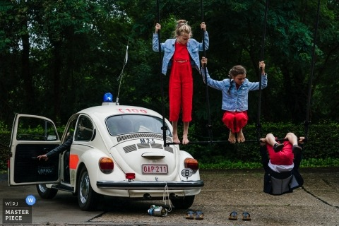 Grez Doiceau Wedding Photography of Kids - Circus for the win!