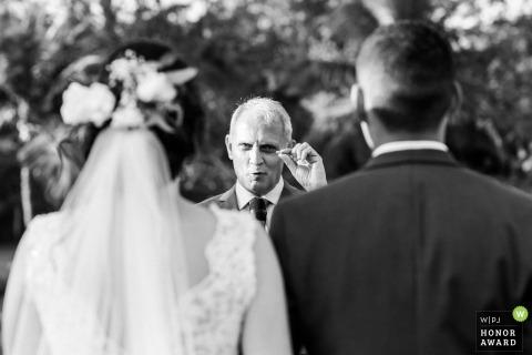 Rio das Ostras Outdoor Ceremony foto toont de trouwringen