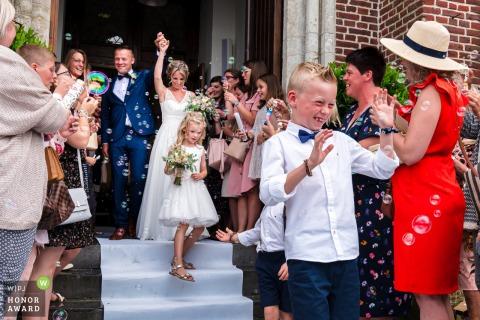 Foto de boda de Kasteel van Hoen después de la ceremonia