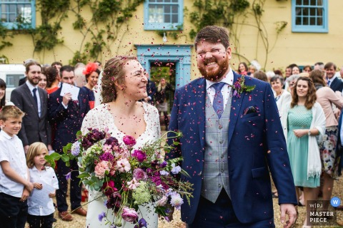 South Farm, Royston, United Kingdom Wedding Reportage Photographer | Wonderful Confetti Reactions