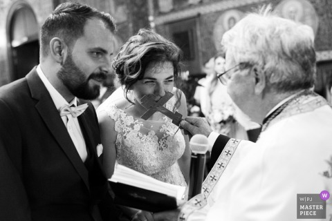 Sofia-Bulgaria St. Nedelya Church - Wedding Photography — A moment from the orthodox church ceremony.