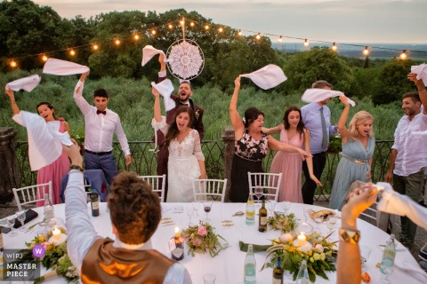 Castelvecchio - Sagrado Wedding Venue Photographer — Party hard during the dinner