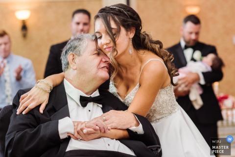 The Merion, NJ - Photographe de mariage - Tenue de jeune mariée