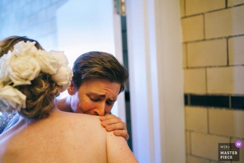 Flushing Town Hall fotos de la boda | novia preparándose