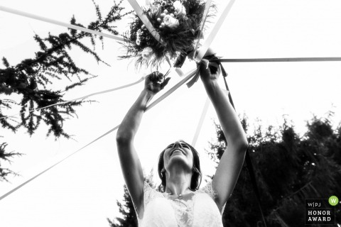 Miroir des Lys (France) wedding venue photo: Cutting the ribbon