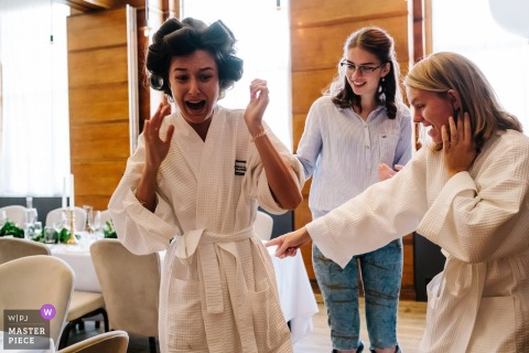 England Town Hall HotelWedding Photography - The Bride discovers a grasshopper in her bath robe