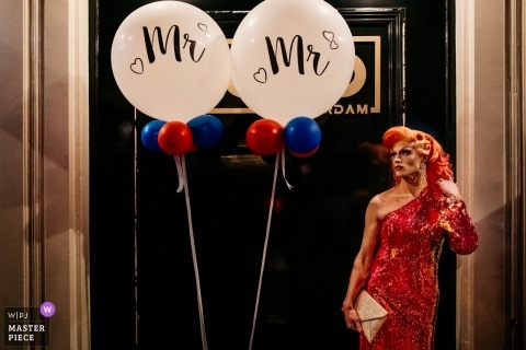 Netherlands reception venue photography | mr & mr balloons and drag queen
