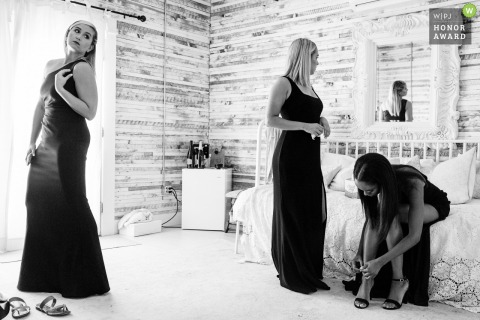 Photo of Belgrade, Montana bridesmaids getting ready before the wedding ceremony.